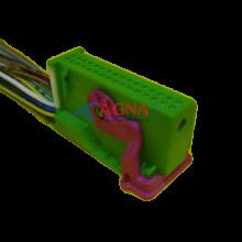 RP323 Разъем серии 0,8 мм 32 контакта VDO к панели приборов Lada Калина Приора с проводом аналог АМР 1-929409-1