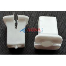 SH 56 Пистон самореза внутр. обшивки VW Passat, Bora / Audi / Ford / Honda / Mazda / Toyota / Nissan / Opel / Peugeot 405, 406 / Volvo